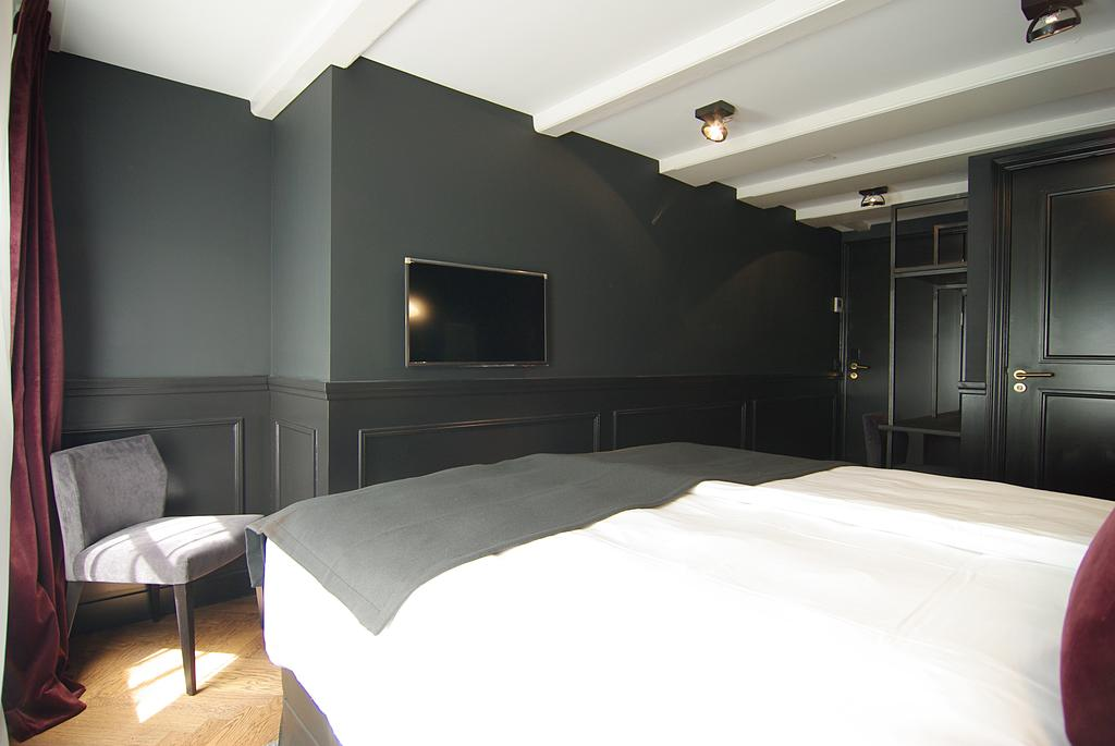 Small Double Room The Bolster Hotel Amsterdam